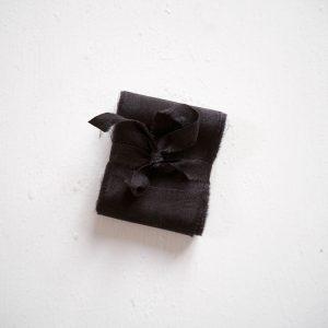 Webshop Zijden Linten Silk Ribbon La Lettre Kalligrafie Black Beauty